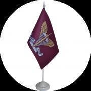 флаг ДШВ на подставке
