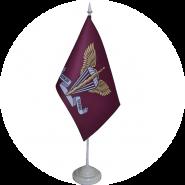 прапор ДШВ на підставці