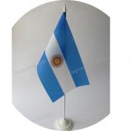 прапор Аргентини на підставці