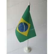 флаг Бразилии на подставке