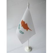 прапор Кіпру на підставці