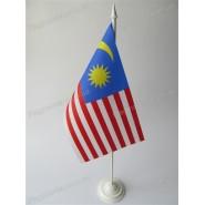 прапор Малайзії на підставці