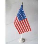прапор США на подставці
