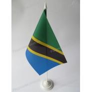прапор Танзанії на підставці