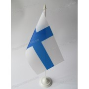 флаг Финляндии на подставке