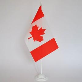 флаг Канады на подставке