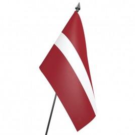 флаг Латвии на подставке