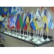флажки стран мира на подставочке