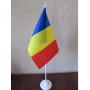флаг Румынии на подставке