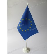 флаг Евросоюза на подставке